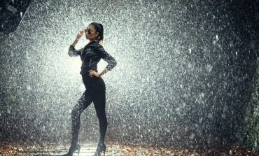 5 Lagu Ini Bisa Bikin Hatimu Adem Seketika, Meski Hujan Deras Melanda