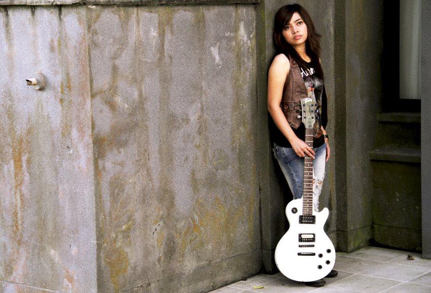 LaQuena, Bangkitkan Semangat Pantang Menyerah Melalui Lagu-Lagunya