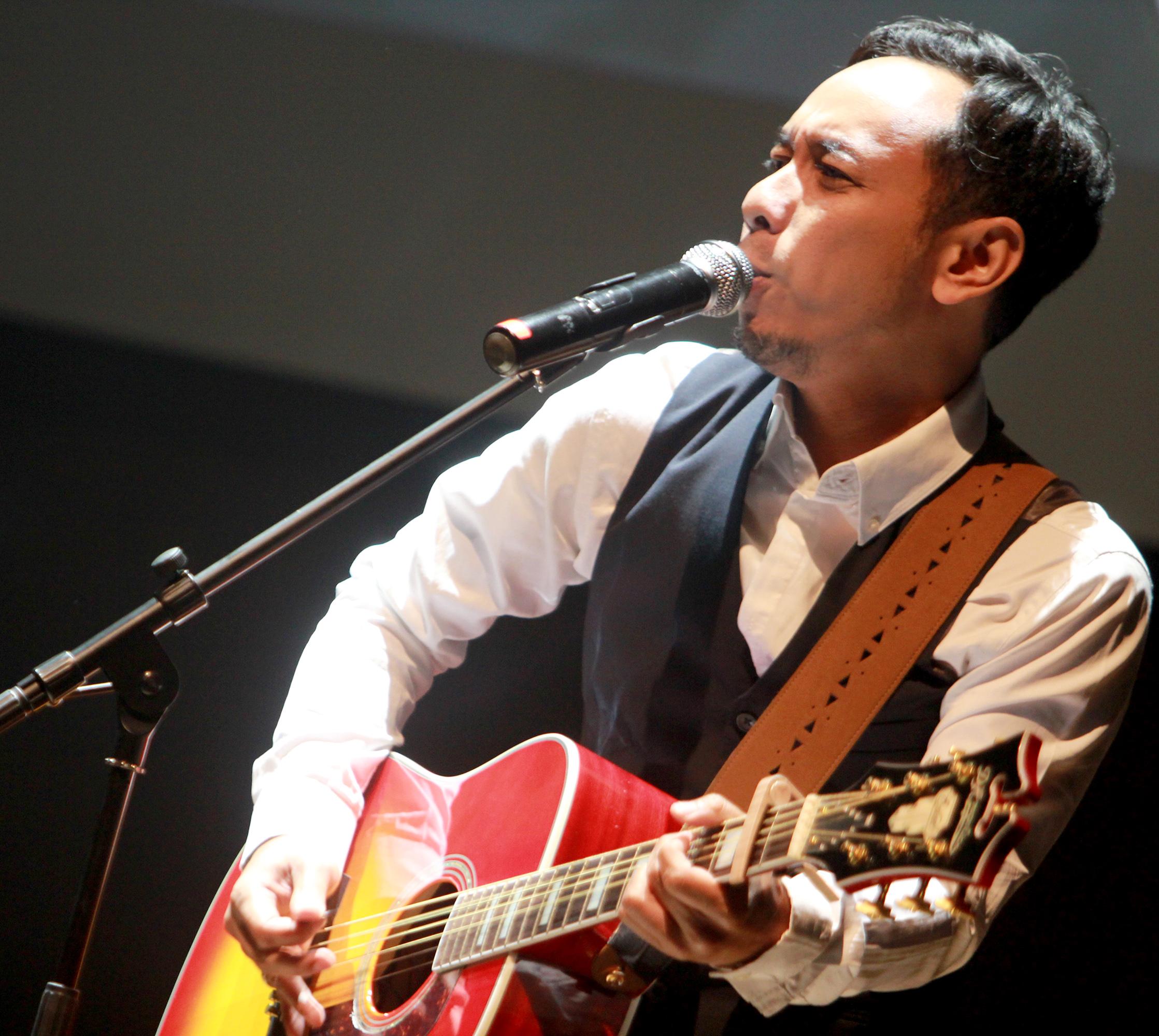 Pongki Barata: Lagu 'Benar Benar' Diciptakan Untuk Penyanyi Berinisial R