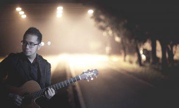 Lewat Single 'Muara', Adera Tegaskan Jatuh Cinta Itu Nggak Ada Batasnya