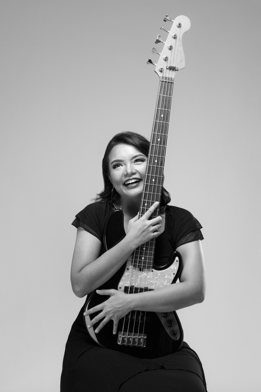Midnight Superstar, Album Solo Sheila Permatasaka yang Ajibbb Didengar